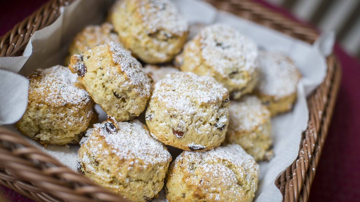 undefinedBenslow Music fruit scones